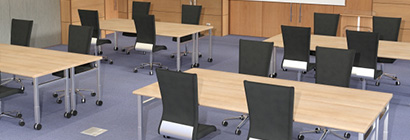 10人以上の会議は原則禁止として密集空間をつくりません